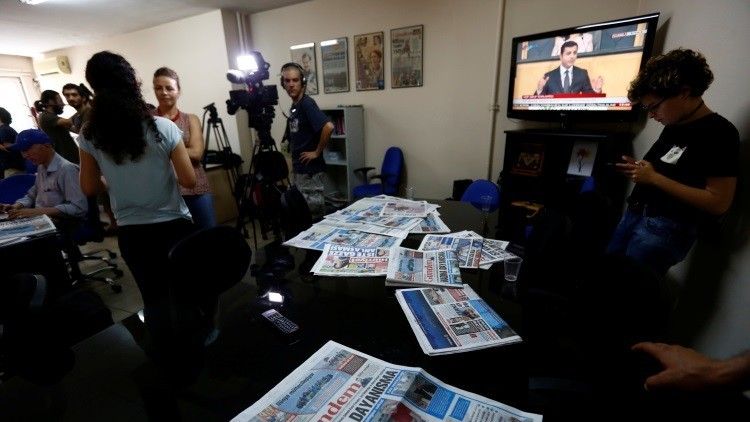 ¿Propaganda del terror? Arrestan en Turquía a eminentes activistas de Reporteros Sin Fronteras