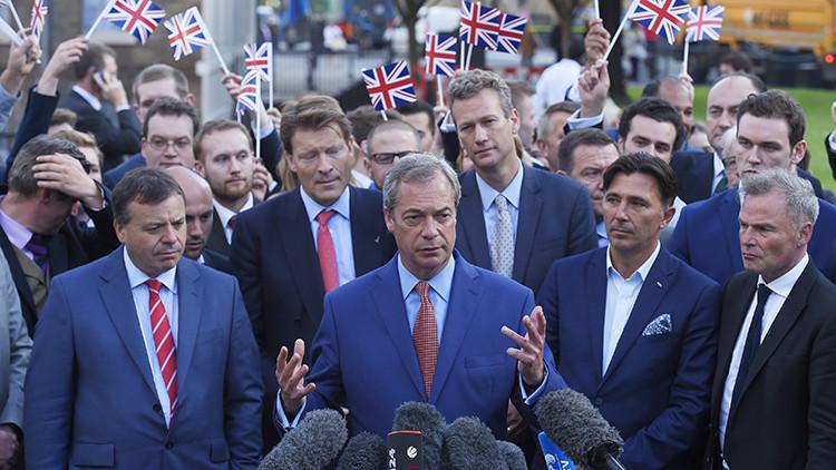 """Líder antieuropeísta admite que uno de los mayores argumentos del 'Brexit' es """"un error"""""""