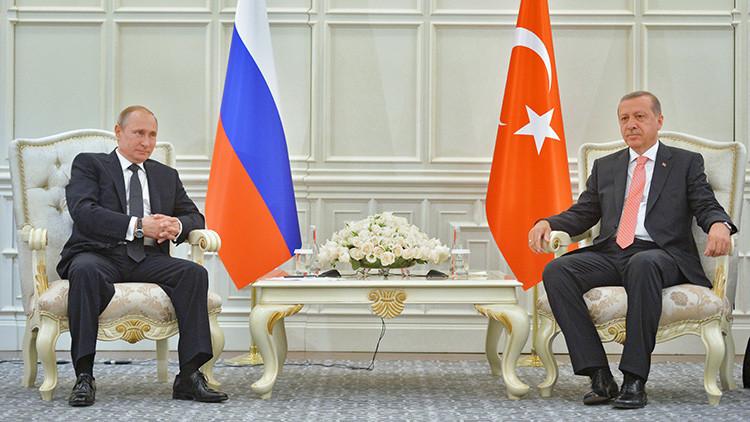 ¿Qué hay detrás de las repentinas paces de Turquía con Rusia e Israel?