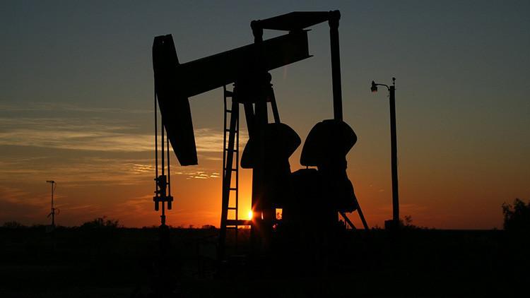 """""""El precio del petróleo aún caerá hasta los 10 dólares por barril"""""""