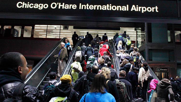 Encuentran un paquete sospechoso en un avión en el aeropuerto de Chicago