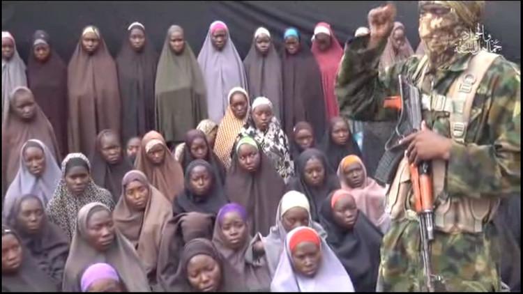 Boko Haram publica un nuevo video que muestra a las escolares secuestradas en Nigeria