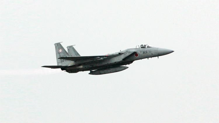 Despegan aviones militares de Japón debido al acercamiento de aviación china a su territorio