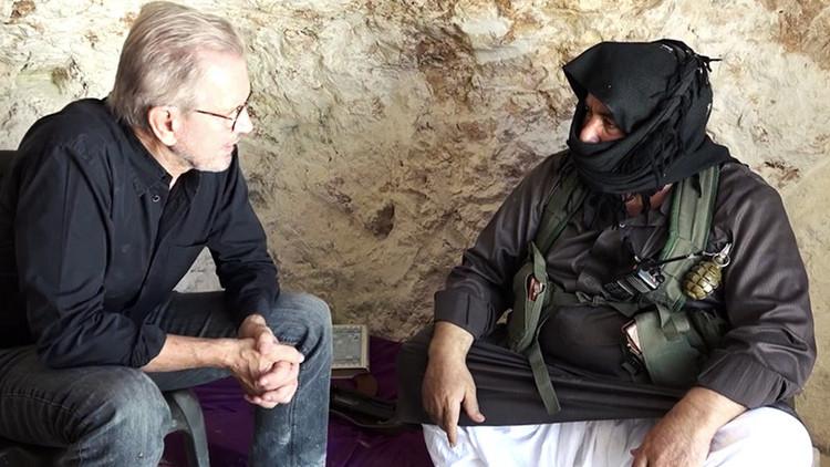 """Periodista alemán a RT: """"EE.UU. sabe que sus armas terminan en manos de los terroristas en Siria"""""""
