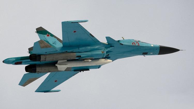 Los cazas rusos Su-34 realizan ensayos en la estratosfera en modo supersónico