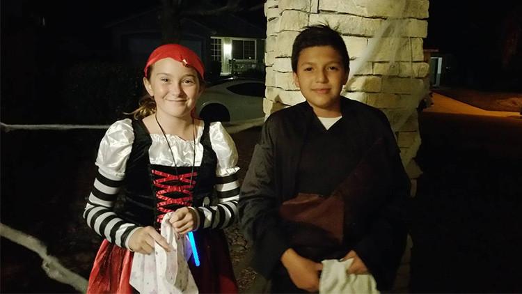 El tierno gesto de esta niña de EE.UU. para hacerse amiga de un chico mexicano conmueve a la Red