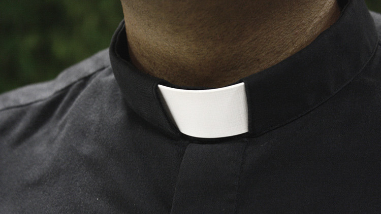Dos sacerdotes son acusados de abusar sexualmente de niños sordos en Argentina