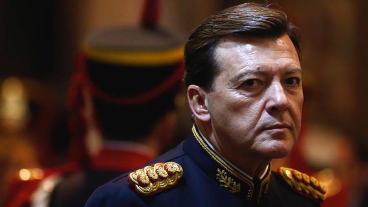 Arrestan en Argentina al exjefe del Ejército por secuestro y tortura durante la dictadura militar