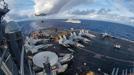El portaaviones estadounidense USS Carl Vinson
