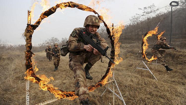 China planea disolver la cuarta parte de su Ejército. ¿Por qué?