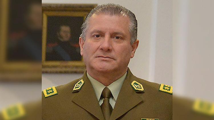 """""""Rabia, dolor y vergüenza"""": El general de los Carabineros reacciona ante el escándalo del Pacogate"""