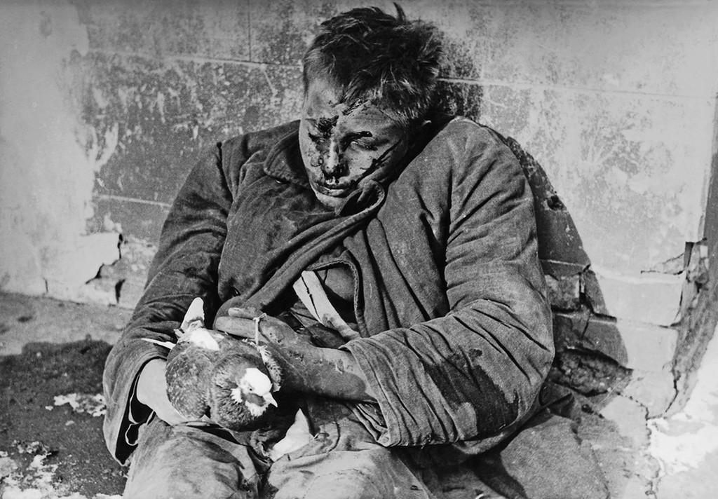 Las impactantes imágenes de la Segunda Guerra Mundial que