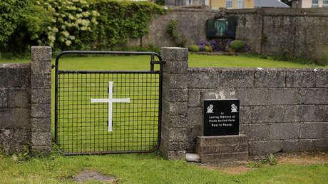 Sitio de la antigua casa Bon Secours en Tuam, Irlanda.