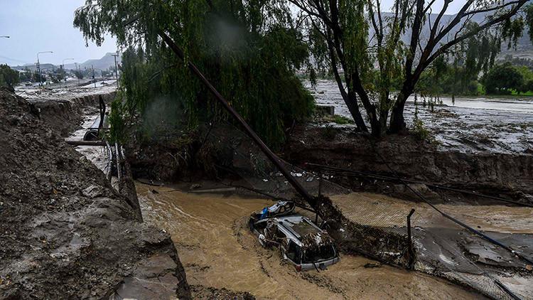 Miles de evacuados por las graves inundaciones en once provincias argentinas