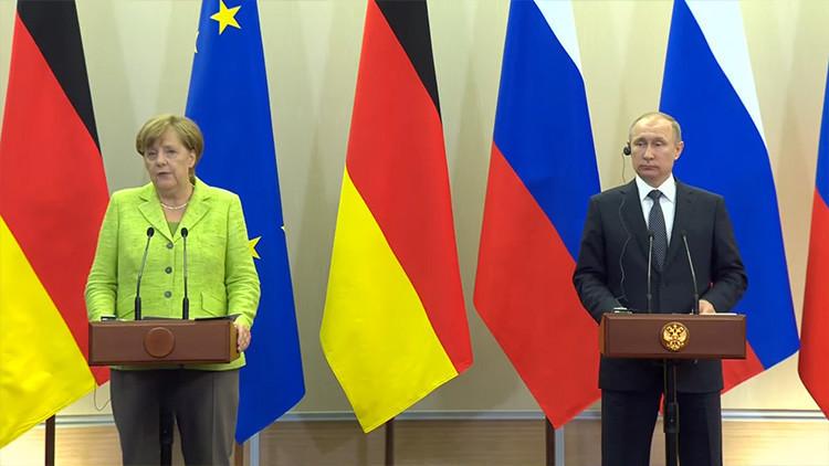 Video: Putin y Merkel exponen su visión sobre los conflictos en Siria y Ucrania