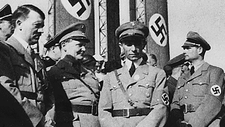 El misterio de la Segunda Guerra Mundial: ¿por qué la mano derecha de Hitler viajó al Reino Unido?