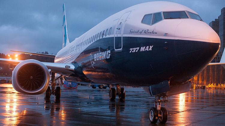 Boeing firma millonario contrato con Irán para el suministro de 60 aviones