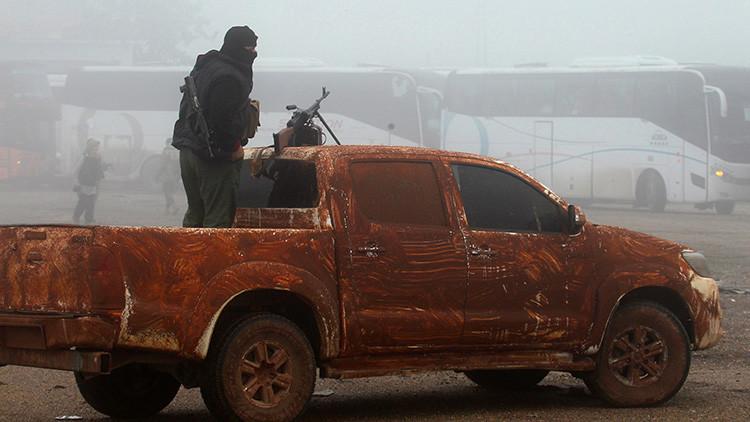 Ciudadanos de EE.UU. y de Turquía planean con Al Nusra una provocación con sarín en Jan Sheijún