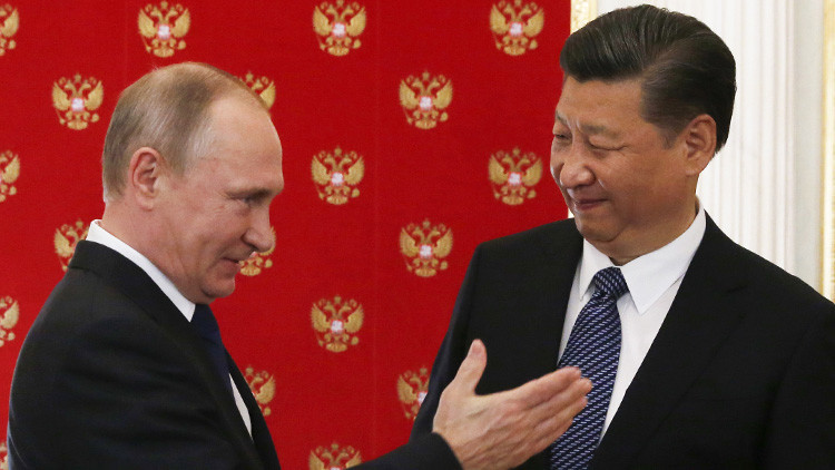 Putin concede a Xi Jinping la Orden de San Andrés