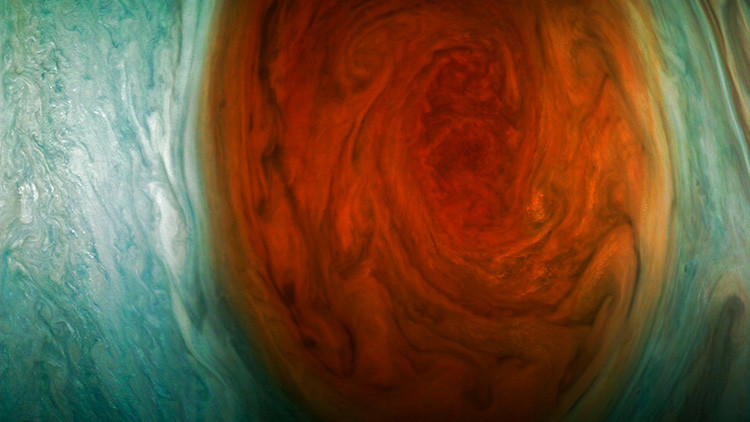 "La NASA publica ""las mejores fotos"" de la Gran Mancha Roja de Júpiter"