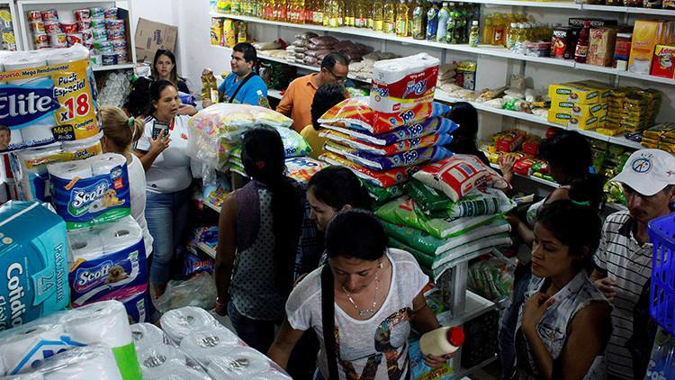 ¿Eliminar los controles solucionará la crisis económica? El gran debate de Venezuela
