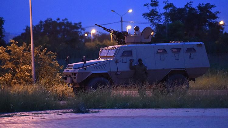 Al menos 17 muertos y 9 heridos tras un atentado contra un restaurante de Burkina Faso