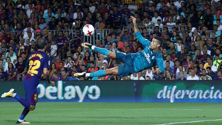 """Cristiano Ronaldo, sancionado cinco partidos por su """"empujón leve"""" al arbitro"""