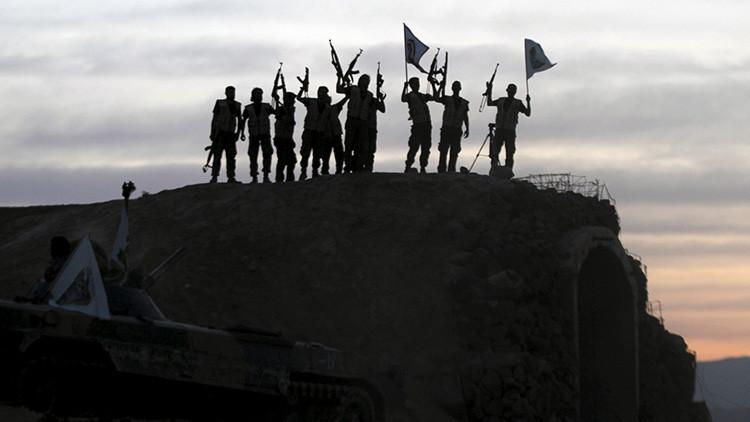 El último grupo rebelde en la ciudad de Guta se adhiere al armisticio en Siria