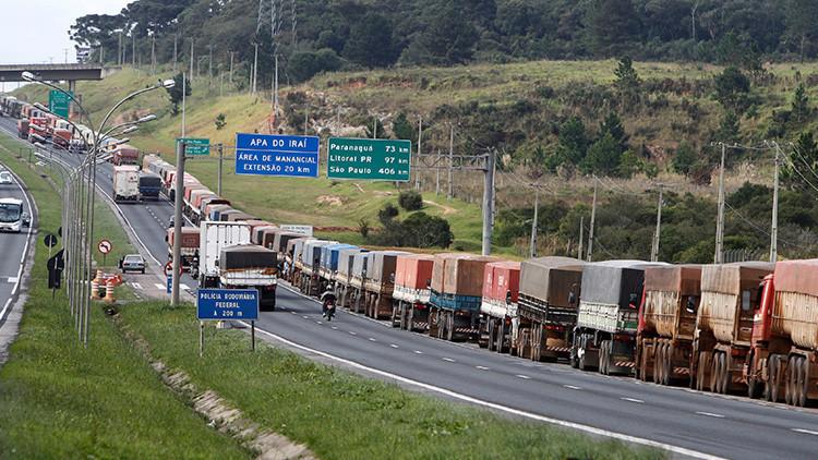 """""""Si la carga entra en una favela, olvídenla"""": Brasil, récord de robos en carretera"""