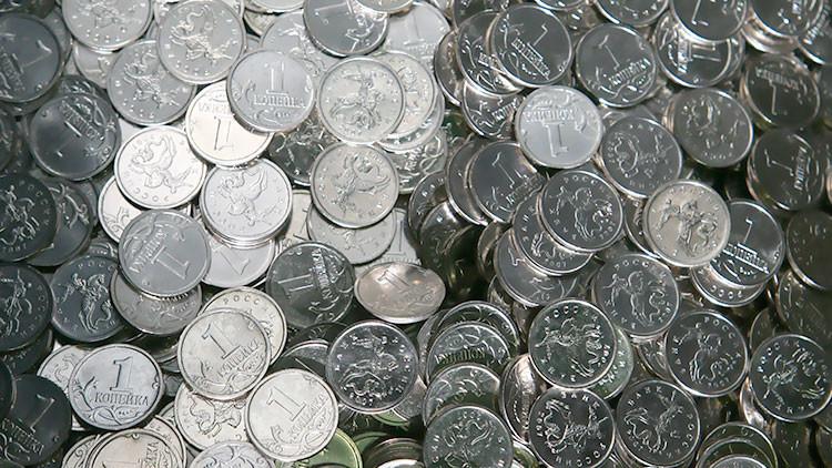 Le multan por no pagar una deuda y decide saldarla con más de 4 millones de monedas para vengarse