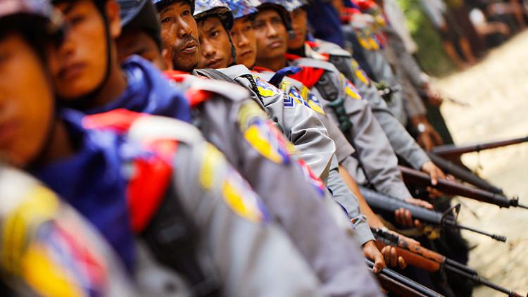 Al menos 32 personas mueren tras asaltos contra 24 puestos de Policía y una base militar en Birmania