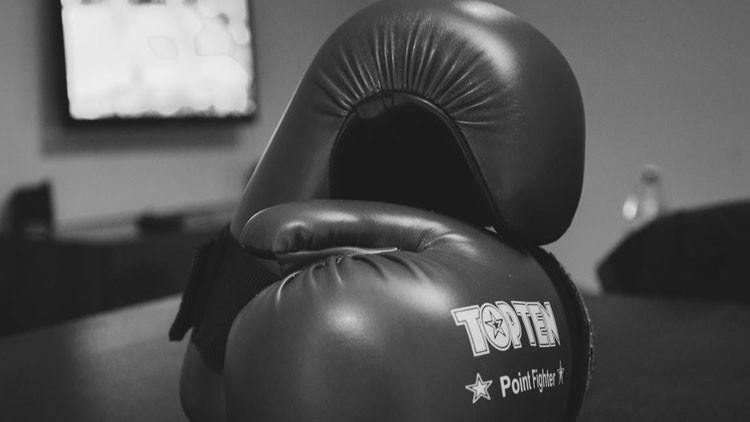 El boxeo, de luto: Muere una campeona mundial mientras entrenaba para defender el título (Fotos)