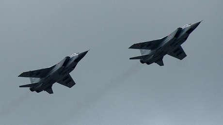 Dos cazas MiG-31