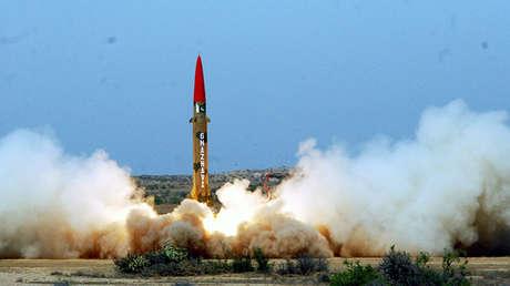 Misil balístico de corto alcance lanzado desde una ubicación no revelada en Pakistán en 2012