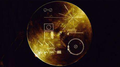 El mapa de oro enviada al espacio con la sonda Voyager en el año 1977