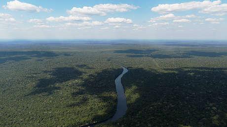 Una vista aérea muestra el río Acari en Apui, en la región sur del estado de Amazonas, Brasil, julio 28, 2017.