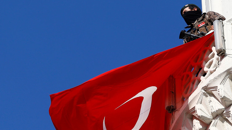 Berlín afirma que dos ciudadanos alemanes han sido detenidos en Turquía por razones políticas