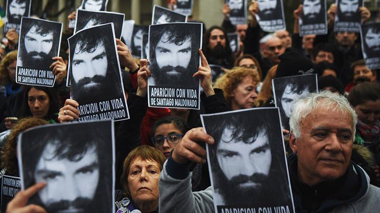 Argentina: Las redes sociales se inundan de mensajes sobre Santiago Maldonado