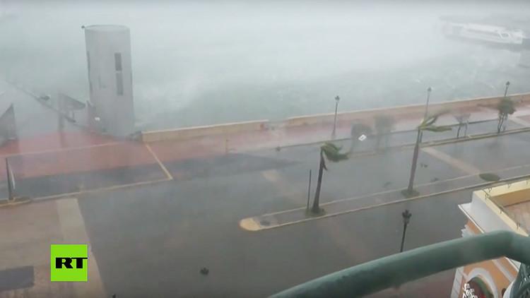 PRIMERAS IMÁGENES: El huracán María azota a Puerto Rico