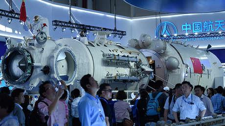 La réplica del módulo básico de la estación espacial china Tiangong expuesta en el salón aeroespacial de Zhuhai, 6 de noviembre de 2018.