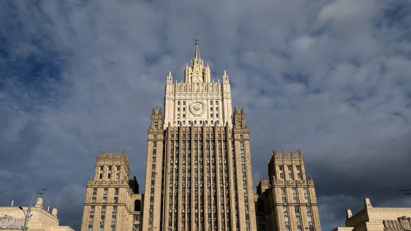 """""""Otra voltereta política"""": Rusia responde al ultimátum estadounidense sobre el acuerdo de misiles"""
