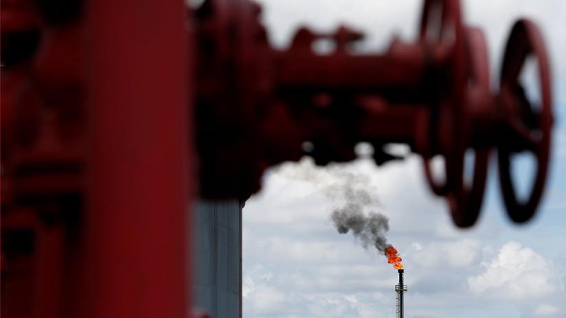 Los precios del petróleo aumentan un 5% ante el inminente acuerdo para reducir la producción de la OPEP