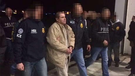El narcotraficante Joaquín Guzmán Loera esposado por las autoridades, Ciudad Juárez, México, 19 de enero de 2017.