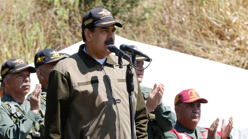 """Maduro ordena el despliegue de las Fuerzas Armadas para afrontar """"la provocación"""" en la frontera con Colombia"""