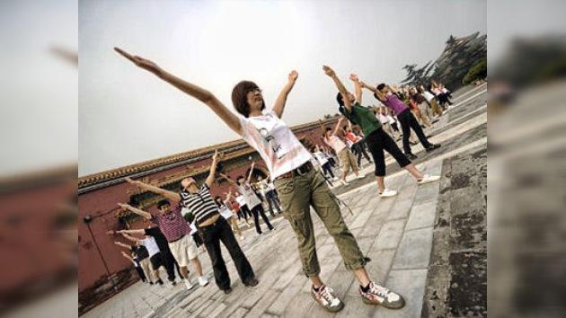 El Gobierno chino promueve el 'huha' dentro de la gimnasia masiva