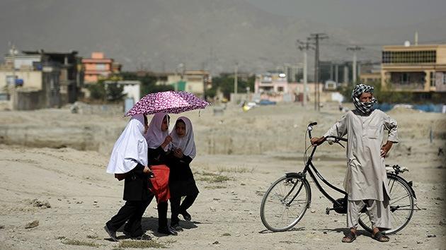 Un matrimonio paquistaní mata a su hija por mirar a un chico