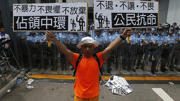 """Medios chinos: EE.UU. exporta """"revoluciones de colores"""" a Hong Kong"""