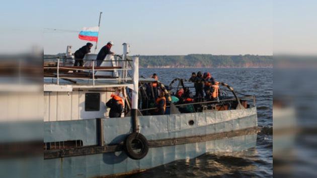 Encargan el reflotamiento del 'Bulgaria' a los ingenieros militares de San Petersburgo