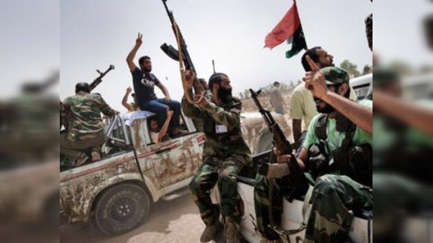 La oposición libia se gana el 'crédito' de Alemania, que le fía 100 millones de euros