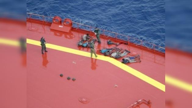 Los piratas que capturaron el buque ruso no fueron disparados